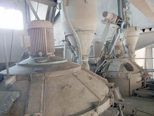 Concrete Plant Equipment Suitable for Normal and Lightweight Concrete Image-1