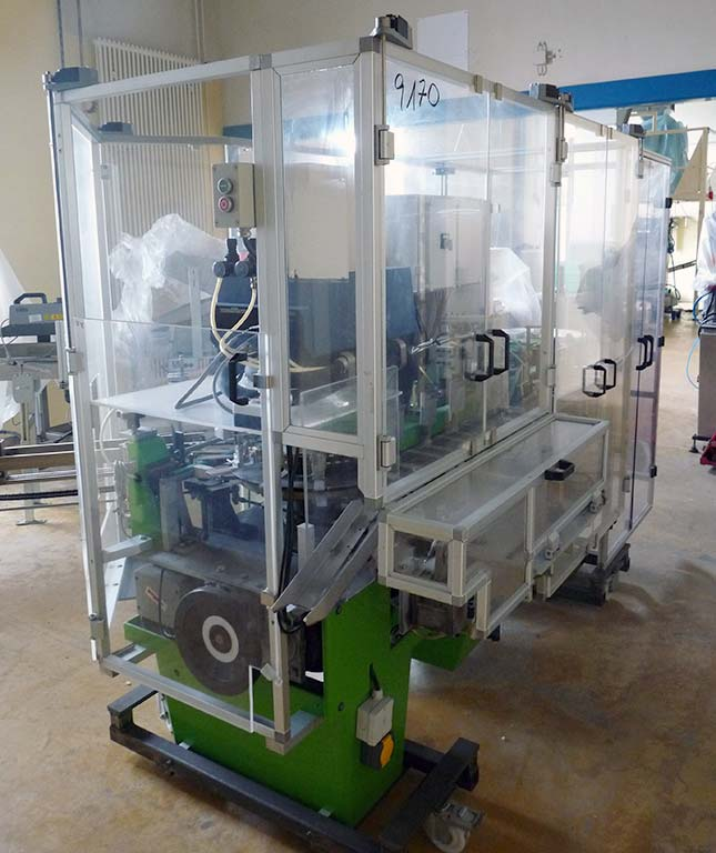 Carton Errecting and Closing Machine O.A.M Bologna AV49 Image-1
