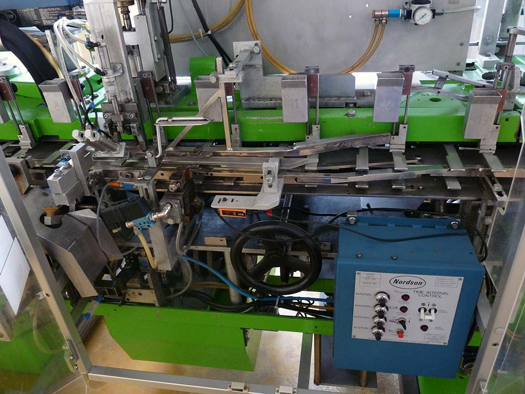Carton Errecting and Closing Machine O.A.M Bologna AV49 Image-3