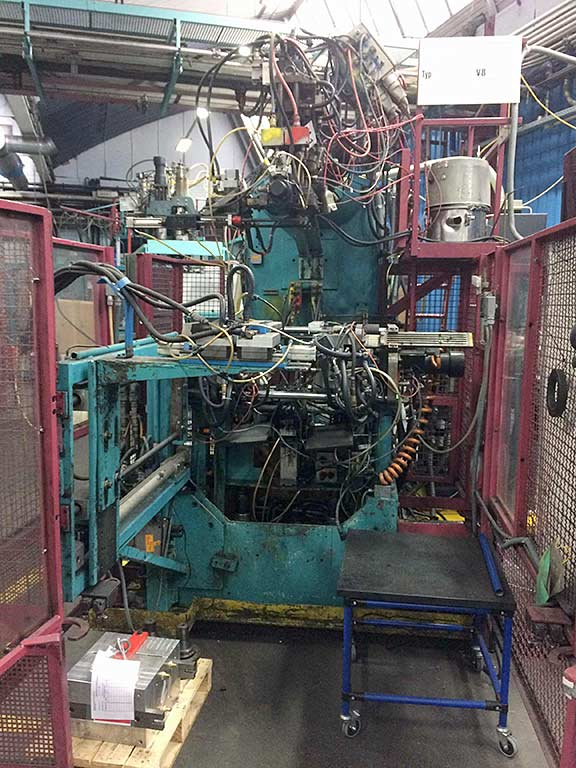 Blow Molding Machine KAUTEX M+V V8 Image-1