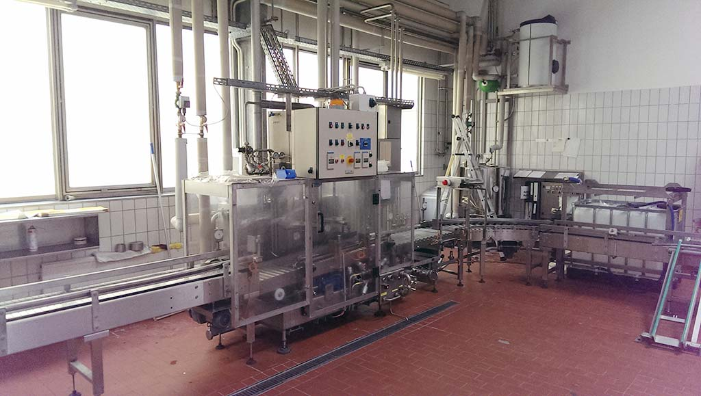 KEG Internal Cleaning and Filling Machine M+F KEG-TECHNIK MICROMAT M 4/2 Image-1