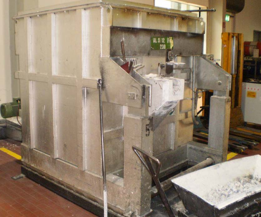 Aluminium Melting and Holding Furnace SPF THERM S-2 K10 Image-2
