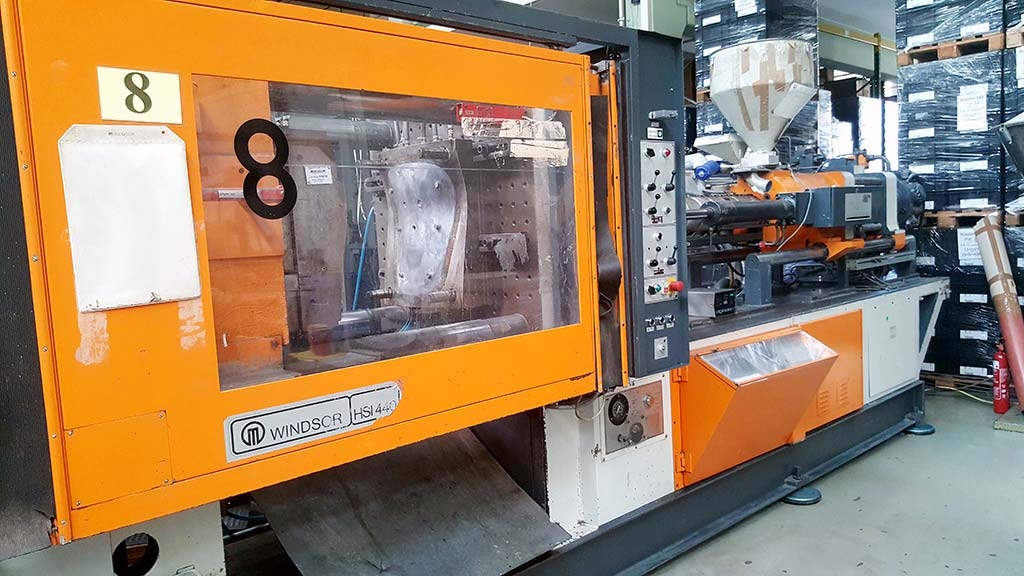 Injection Moulding Machine WINDSOR HSI 440B Image-1