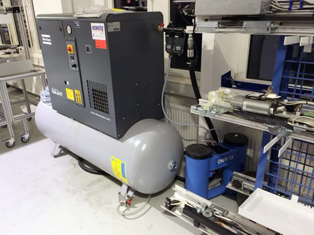 Screw Compressor ATLAS COPCO GX3-10/ FF-DLB 500 Image-2