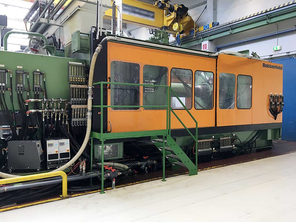 Injection Moulding Machine BATTENFELD BA-T 16500/ 25000 Image-1