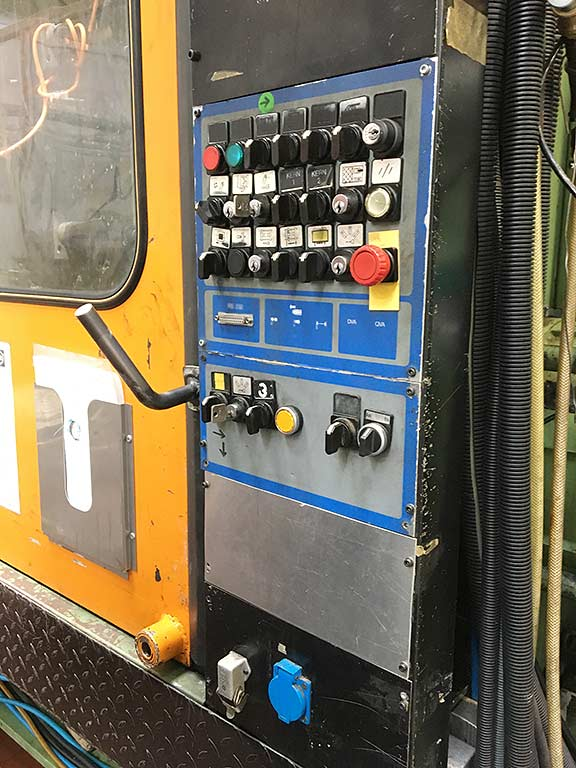 Injection Moulding Machine BATTENFELD BA-T 16500/ 25000 Image-6