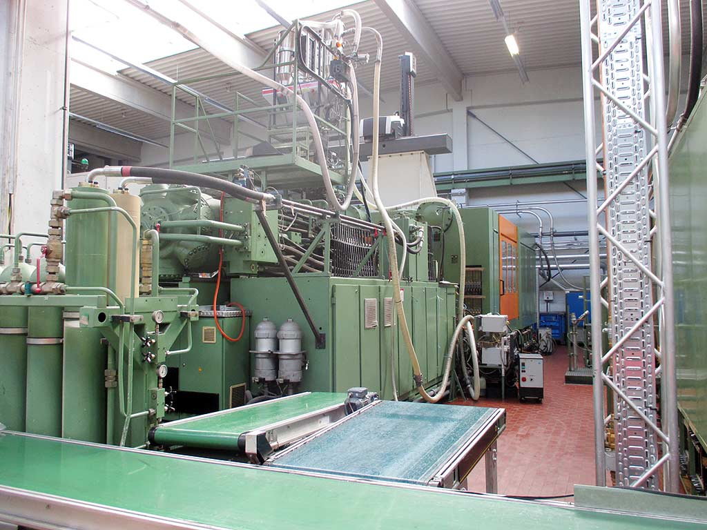 Injection Moulding Machine HEMSCHEIDT 16000-23000 Image-3
