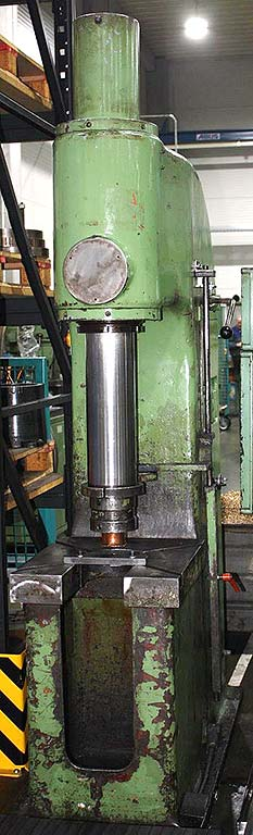 Single Column Straightening Press MÜLLER HEP 25/3 Image-1