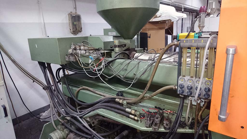 Injection Moulding Machine RICO 180H 04 06 Image-2