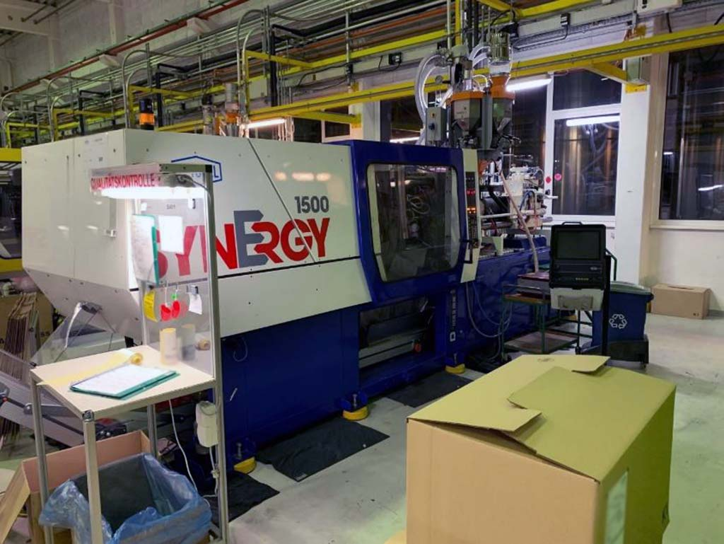 Injection Moulding Machine NETSTAL Synergy 1500/ 600 Image-1