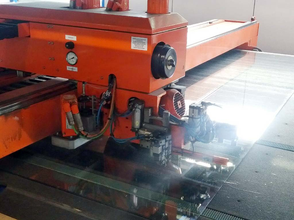 Glass-Cutting-Machine-Hegla-LTR-9237-Twin-Cut Image3