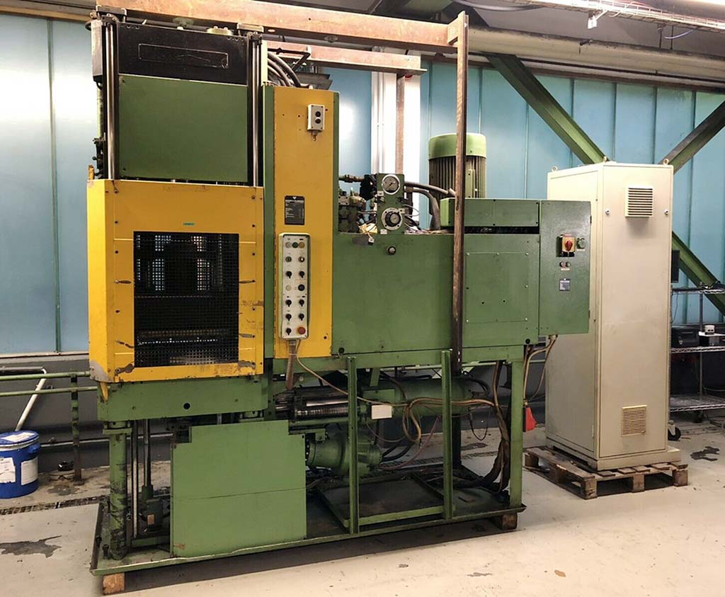 Injection-Moulding-Machine-Werner-Pfleiderer-GSP-160.12-VU-M Image1