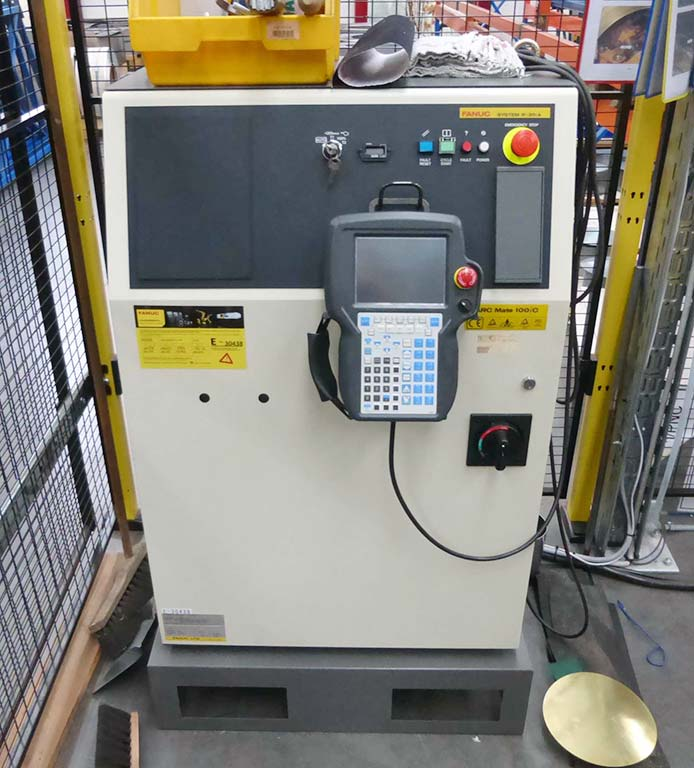 Arc-Welding-Robot-Fanuc-ARC-Mate-100iC Image2