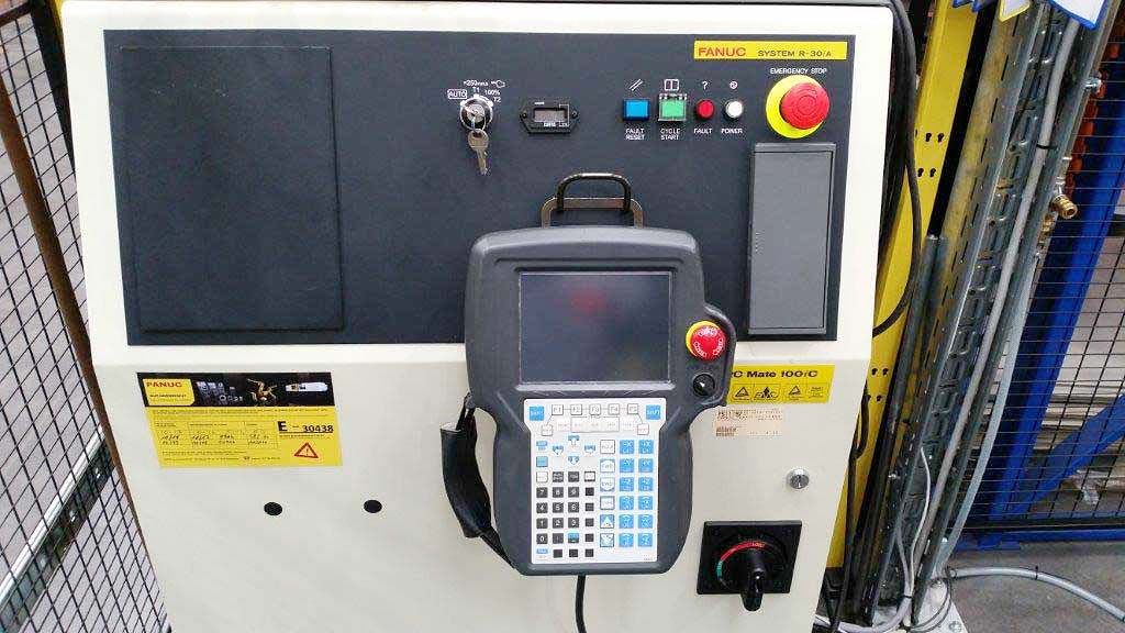 Arc-Welding-Robot-Fanuc-ARC-Mate-100iC Image3