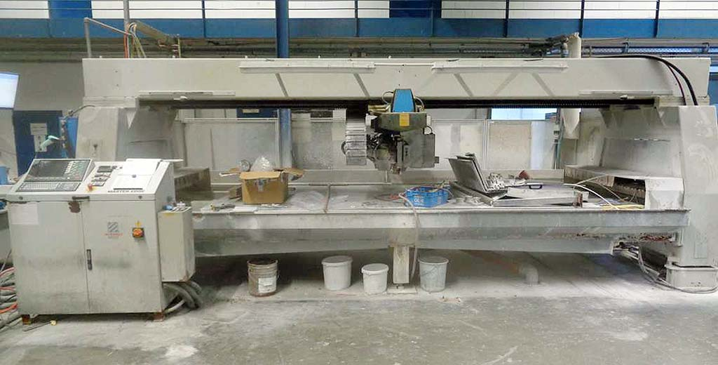 CNC-Glass-Machining-Center-Intermac-MASTER-EDGE-4000 Image1